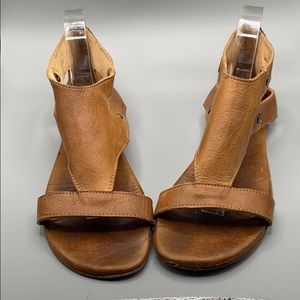 Bed Stu Soto brown rustic leather Sandal size 10